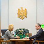 Додон встретился с Влах: президент обеспокоен возможной дестабилизацией ситуации в Гагаузии (ФОТО)