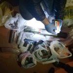Трое жителей столицы задержаны: в их домах обнаружили целый арсенал оружия и боеприпасов (ФОТО, ВИДЕО)