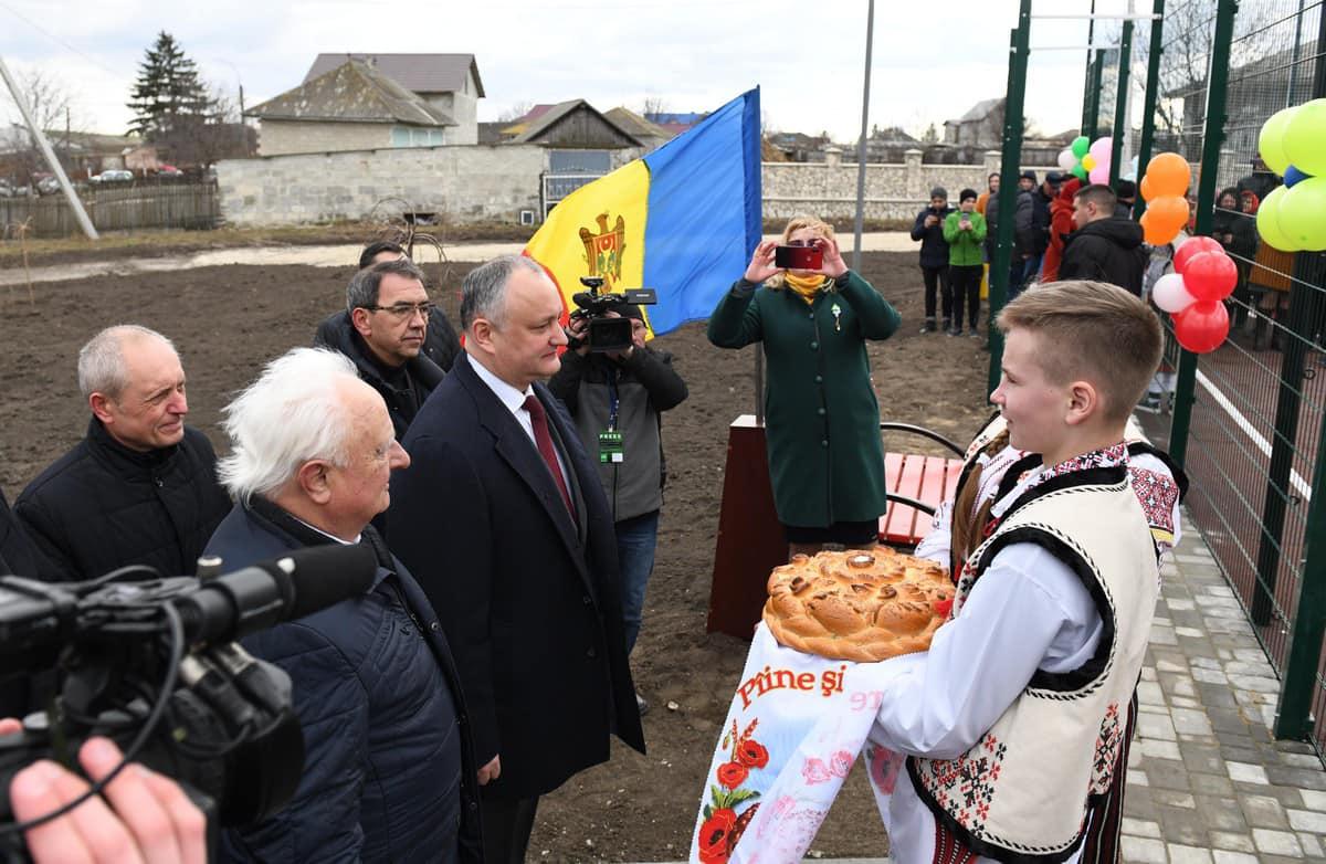 Игорь Додон открыл еще один спорткомплекс, построенный по его инициативе (ФОТО)