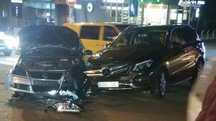 Серьёзное ДТП в столице: повреждены два автомобиля