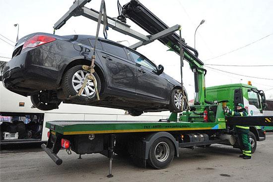 В Приднестровье разрешили принудительную эвакуацию оставленных в неположенном месте авто