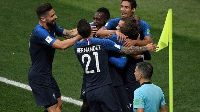 Кому в Кишинёве жить хорошо: некоторые горожане будут бесплатно следить за матчем Молдова-Франция
