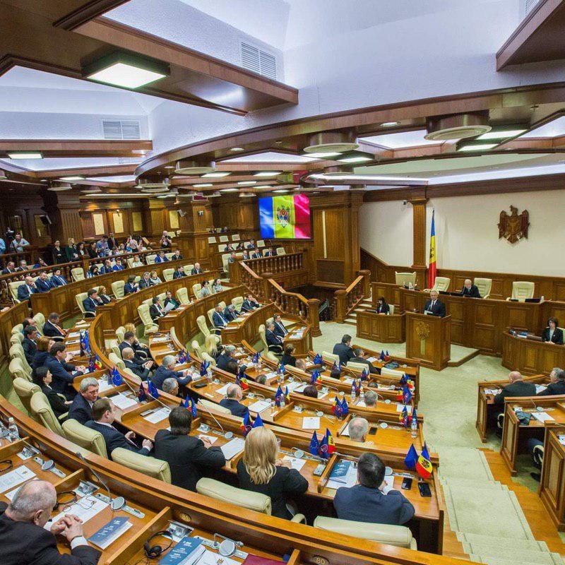 Додон о депутатах-туристах: Если их не было на первом заседании, чего ждать дальше? (ВИДЕО)