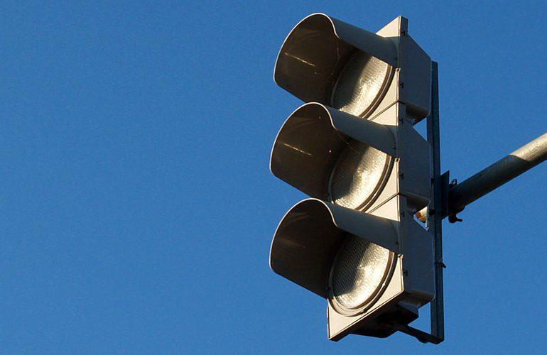 На двух перекрёстках в центре столицы не работают светофоры