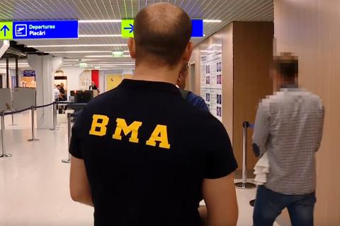 Более 50-и молдаван депортировали из Германии: им наложили запрет на въезд в ЕС