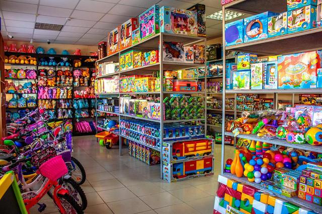 Всё самое опасное – детям? Агентство по защите прав потребителей взялось за проверку игрушек на молдавском рынке (ВИДЕО)