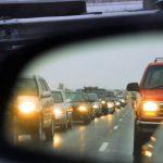 С сегодняшнего дня водители могут ездить днём с выключенными фарами