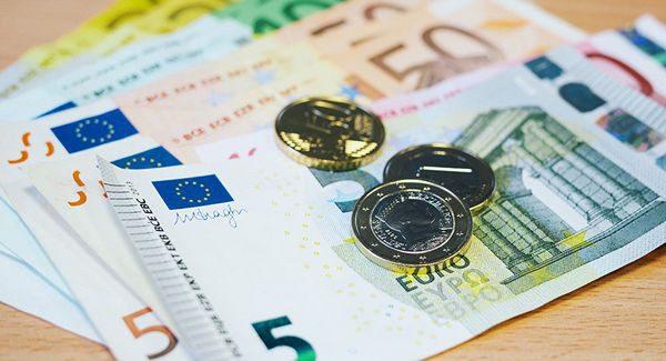 Курс евро повысится на 10 банов