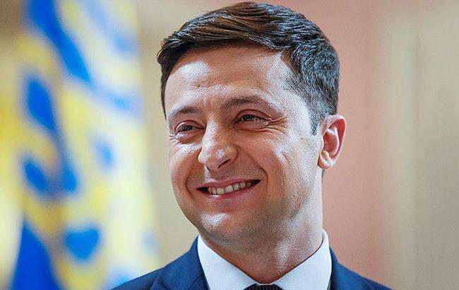 Додон поздравил Зеленского с избранием на должность президента Украины