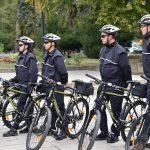 Полиция на двух колёсах: с приходом тепла молдавские полицейские пересели на велосипеды (ФОТО)