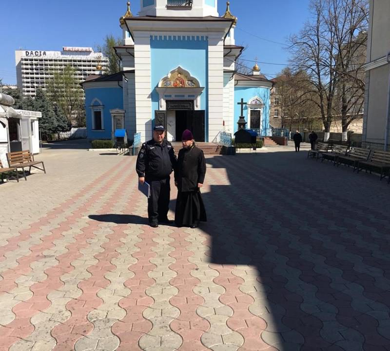 Правоохранители побывали в церквях и рассказали, как защититься от краж (ФОТО)