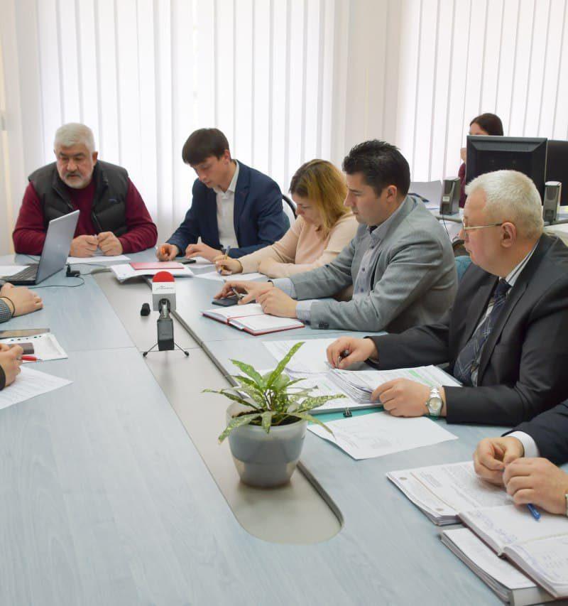 Социалисты взялись за муниципальные предприятия и управления: каждому посвятят отдельное заседание