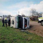 Опасная ситуация: автоцистерна с битумом перевернулась в результате аварии в Сороках (ФОТО)