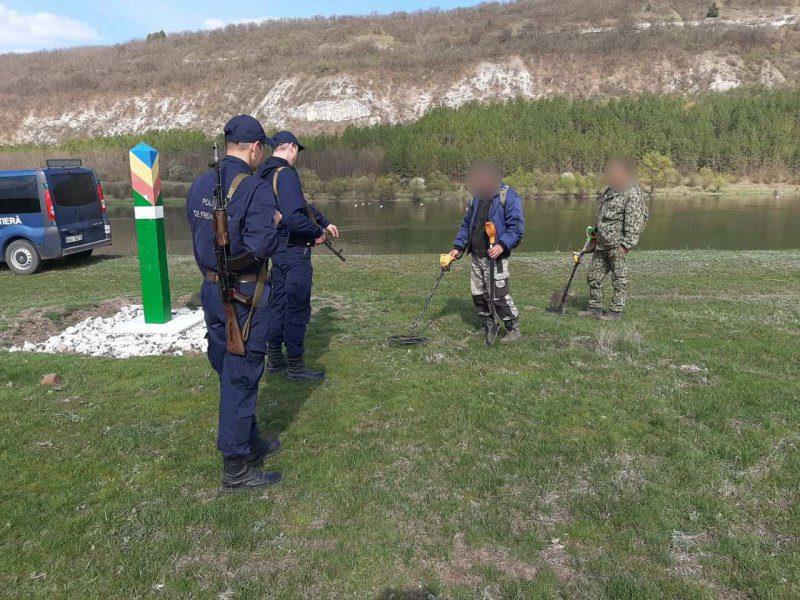 """В """"экспедицию"""" на границу – двое молдаван пытались провести нелегальные раскопки в приграничной зоне"""