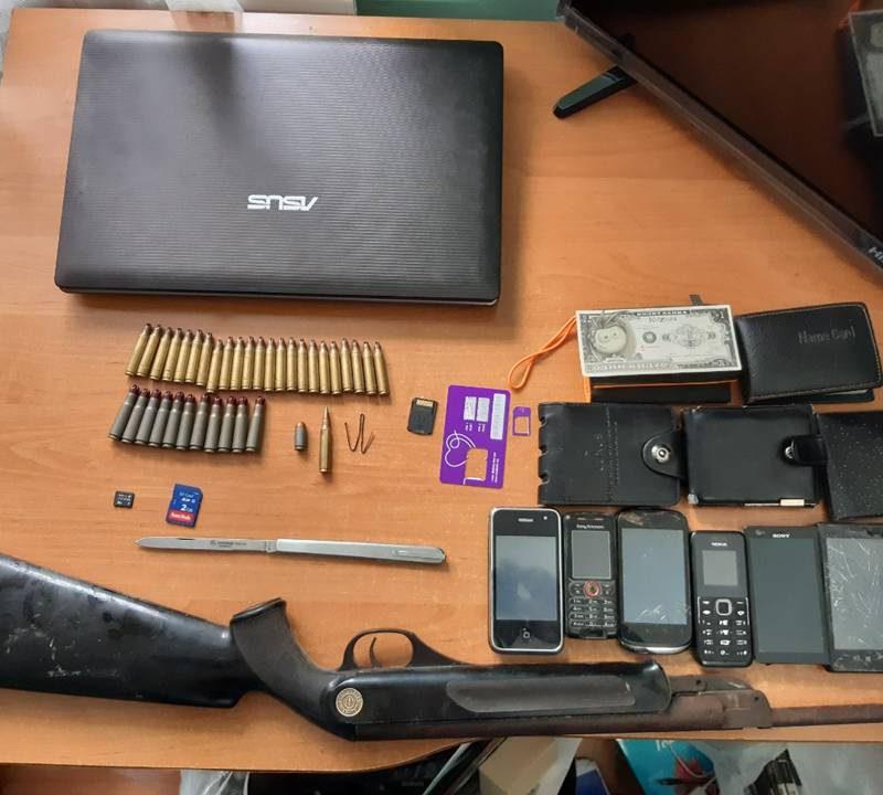 Полиция изъяла у жителя Ставчен оружие и боеприпасы (ВИДЕО)