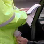 Пойман на вымогательстве взятки: в Дрокии полицейский запросил у нетрезвого водителя 45 000 леев