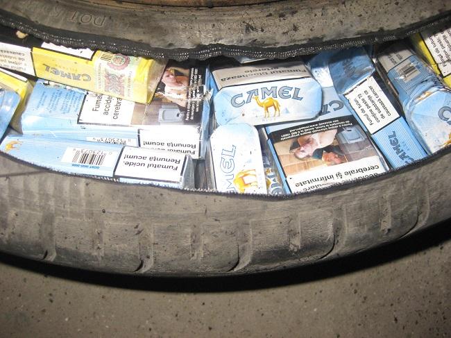 Почти 30 тысяч сигарет с акцизами РМ изъяты на границе (ФОТО, ВИДЕО)