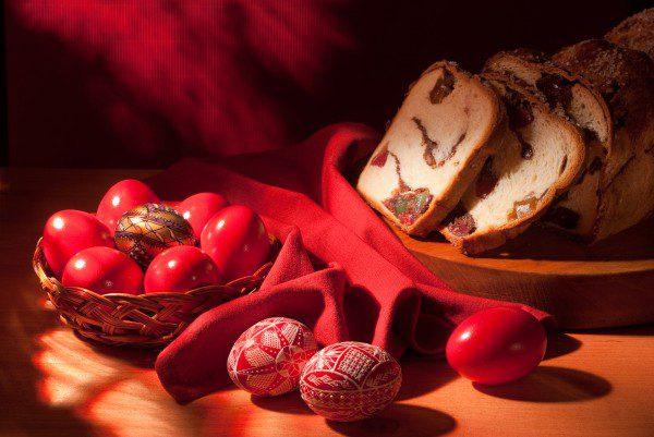 Сколько яиц и в какой цвет планируют покрасить на Пасху молдаване, – опрос