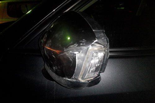 В Тирасполе нетрезвый пешеход разбил зеркало чужого авто