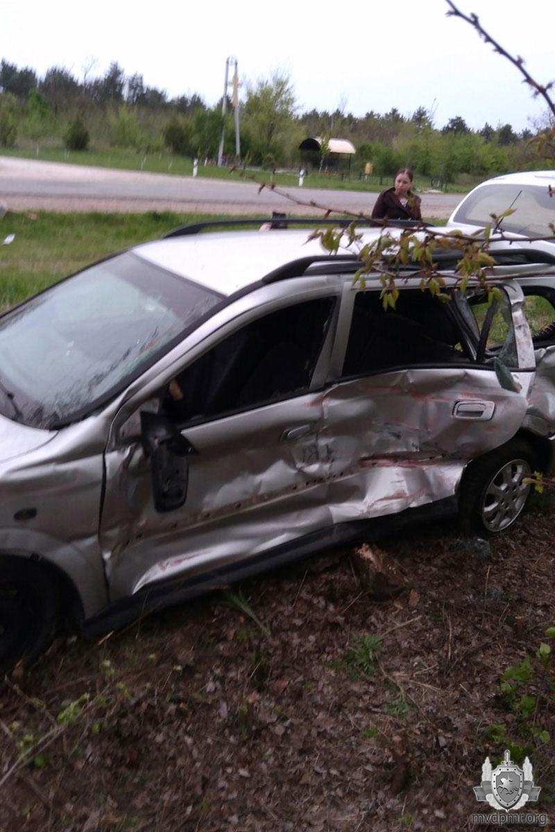 В аварии в Приднестровье пострадала беременная женщина (ФОТО)