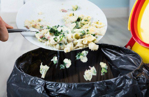 Ежедневно молдаване выбрасывают в мусор более 4 000 тонн еды
