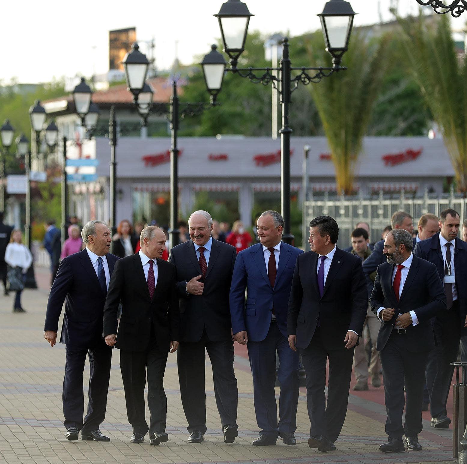 Додон отправился на заседание Высшего Евразийского экономического совета ЕАЭС