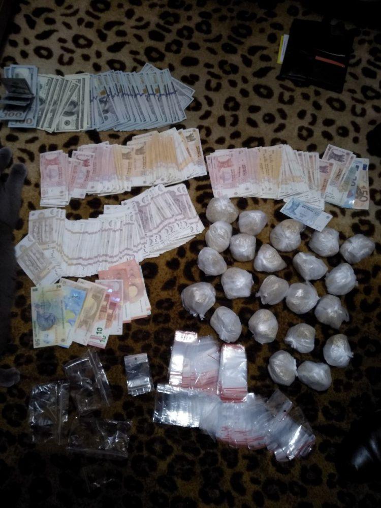 В столице задержали членов ОПГ, продававших наркотики возле учебных заведений