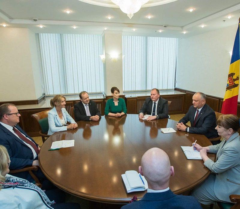 Додон встретился с госсекретарем Минфина Австрии (ФОТО, ВИДЕО)