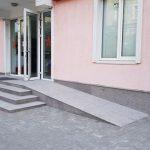 Забота о самых нуждающихся: по инициативе ПСРМ в медучреждениях страны устанавливают подъемники и лифты для людей с ограниченными возможностями (ВИДЕО)