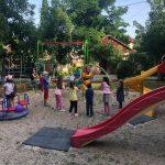 Стараниями социалистов на Ботанике открыта еще одна детская площадка (ФОТО)