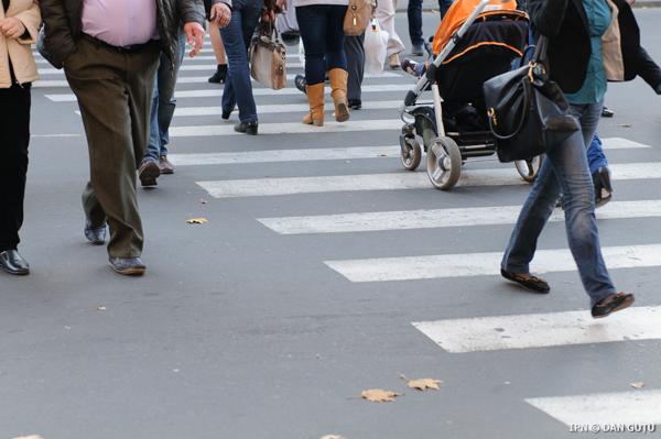 В столице с огромным опозданием начинаются работы по нанесению дорожной разметки