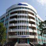 В ASEM прокомментировали инцидент со студенткой, выбросившейся из окна общежития