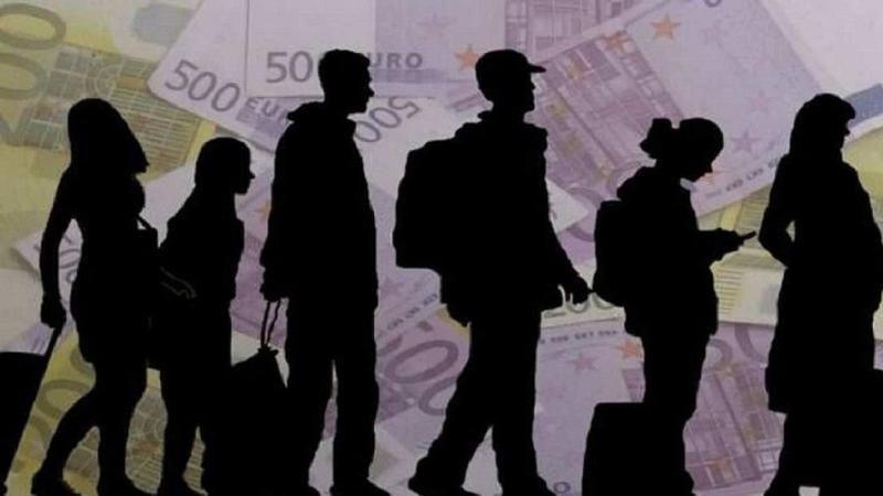У обвиняемых в организации незаконной миграции молдаван конфискуют деньги, полученные преступным путём