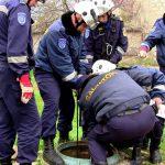 В столице 2-летняя девочка упала в ямный туалет и едва не погибла: спасателям удалось вытащить ребёнка (ВИДЕО)