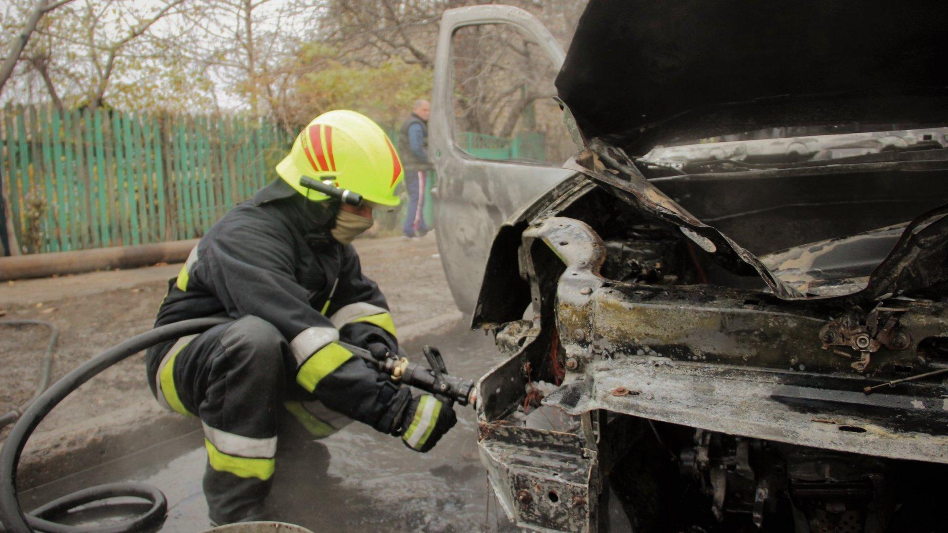 Поджог или случайность? Сразу несколько машин горели в Кишиневе минувшей ночью