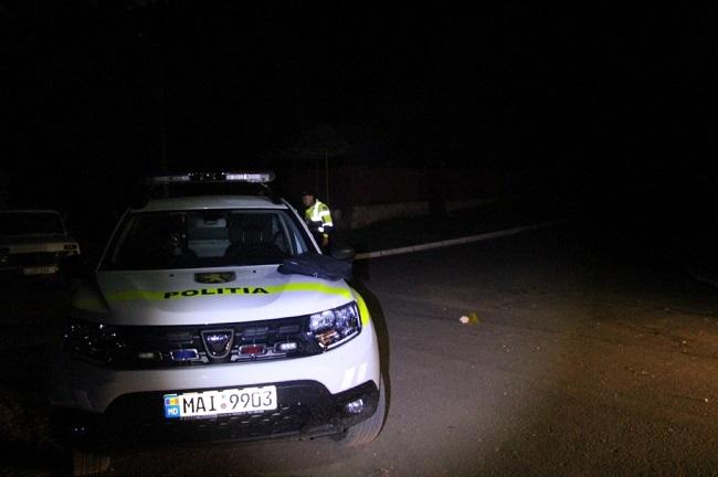 В Унгенах шумахер на мотоцикле закидал камнями патрульных на ходу (ФОТО)