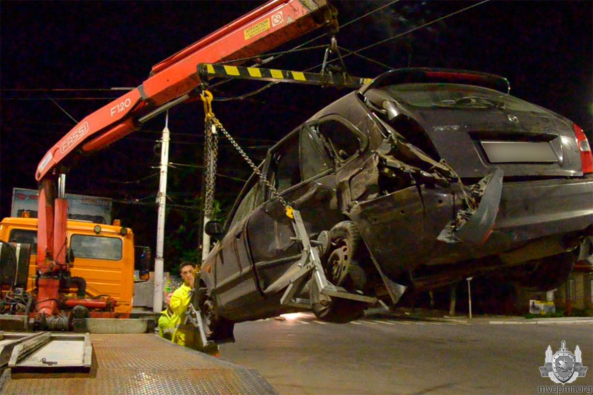 Трое детей пострадали в аварии в Тирасполе (ФОТО)