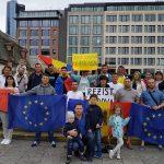 Поддержка диаспоры растет: молдаване по всему миру признают новую власть в стране (ФОТО)