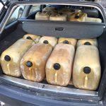 Сотрудника ЖДМ и его жену поймали с поличным на краже топлива (ФОТО)