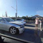 Цепное ДТП в столице: на дороге столкнулись шесть машин (ФОТО)