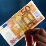 Приднестровец привёз из Украины и попытался обменять фальшивые 50 евро