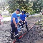 Более 20 операций по откачиванию воды и эвакуация людей: ГИЧС рассказал о ситуации на юге страны (ВИДЕО)