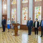Все министры нового легитимного правительства принесли присягу (ФОТО, ВИДЕО)
