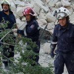 Жителям разрушенного дома в Атаках разрешили забрать вещи