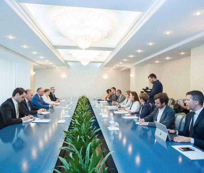 Додон: Президент, премьер-министр и парламентское большинство решительно настроены на реализацию коренных реформ в стране (ФОТО, ВИДЕО)