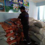 Жители обрушившегося дома в Атаках получили гуманитарную помощь (ФОТО)