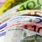 Курс основных валют на вторник: евро снова растёт