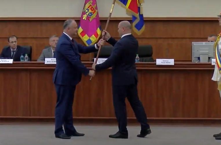 Додон представил командованию Нацармии нового министра обороны (ВИДЕО)