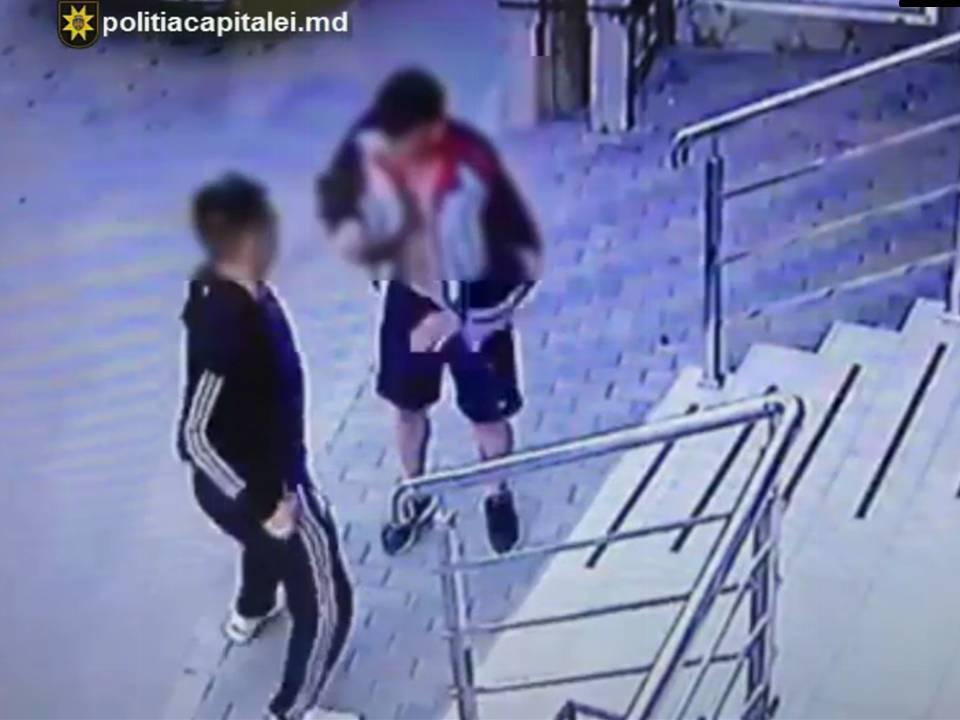 Полицейские задержали разыскиваемого за серию краж мужчину после драки в Дурлештах (ВИДЕО)