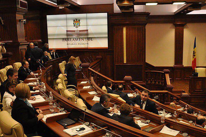 Как минимум 20 человек заслушают на заседании следственной комиссии по «краже века»